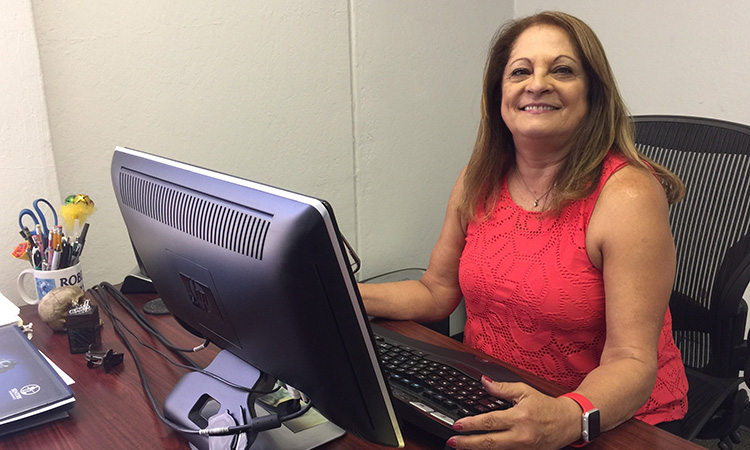 Nidia Leni, Office Manager - Robertson Machine, Inc.